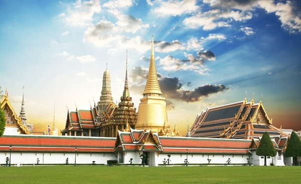 Cambodia to Thailand, Temples and Tropical Hideaways