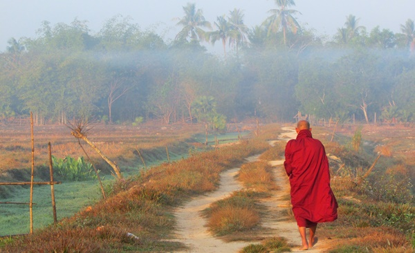 Explore Irrawaddy Delta by Bicycle