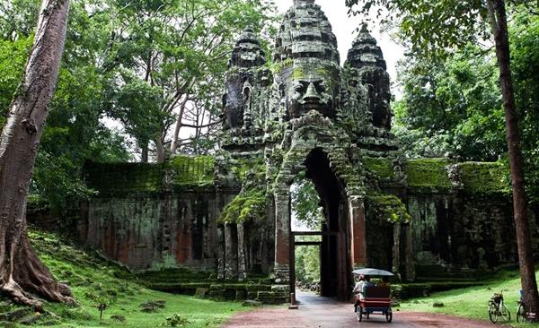 Ancient Temples & Island Treasures