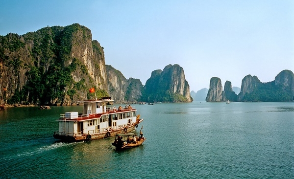 Tour Highlights for North Vietnam Family Cultural Holiday