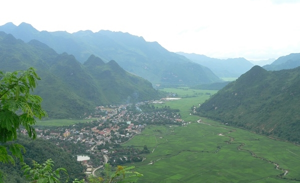 Tour Highlights for North Vietnam, Tribal Homestay & Cultural Immersion