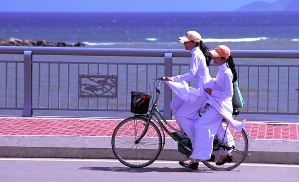 Cycling, Hanoi To Saigon