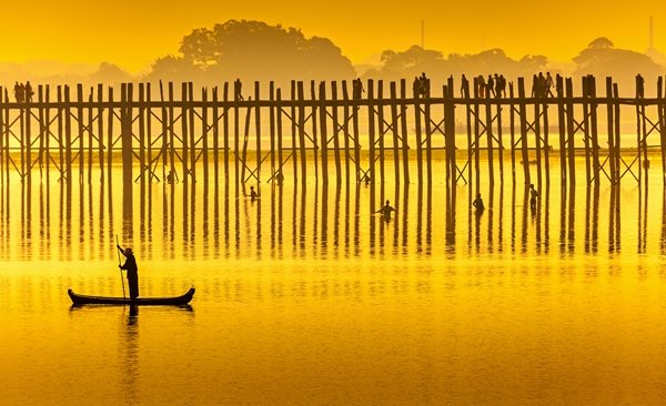 Tour Highlights for Journey on the Banks of the Irrawaddy