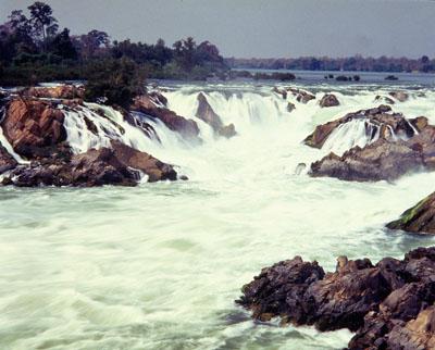 laos-south-phapheng-falls