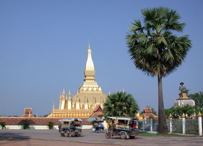lao-stupa-of-that-luang-vientiane
