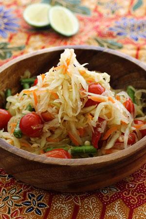 th-som-tum-or-spicy-papaya-salad