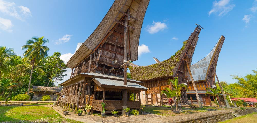 Toraja Discovery and South Sulawesi Beach (9 Days / 8 Nights)