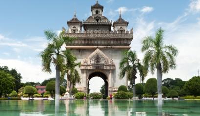 laos-vientiane-architecture-patuxay