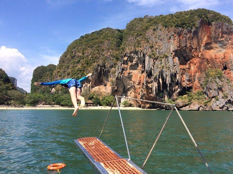 Boat trip Silk Island experience day trip - EXO Travel