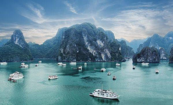Tour Highlights for Trek and Cruise, Pu Luong National Park and Halong Bay
