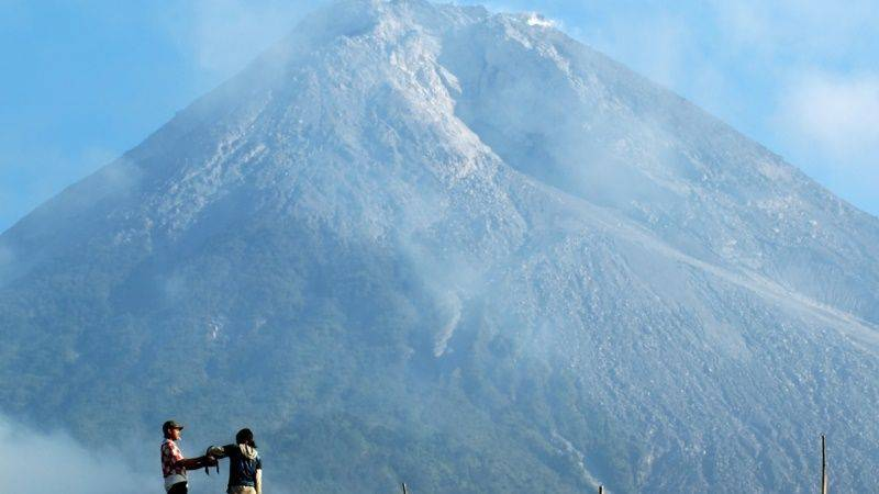 Photo of Trekking East Java Four Volcano Summit, Indonesia