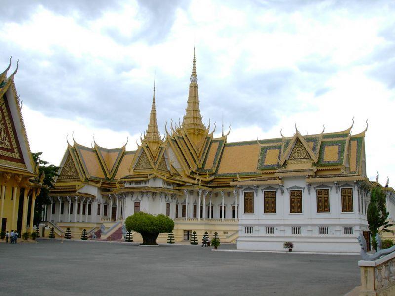 Photo of Vehicle & Guide at Disposal Phnom Penh, cambodia