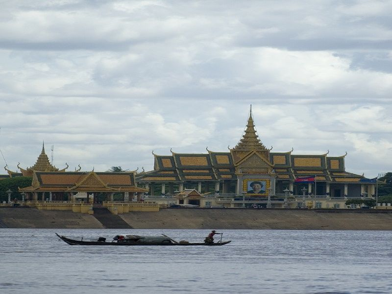 Photo of Car & guide disposal Phnom Penh, cambodia