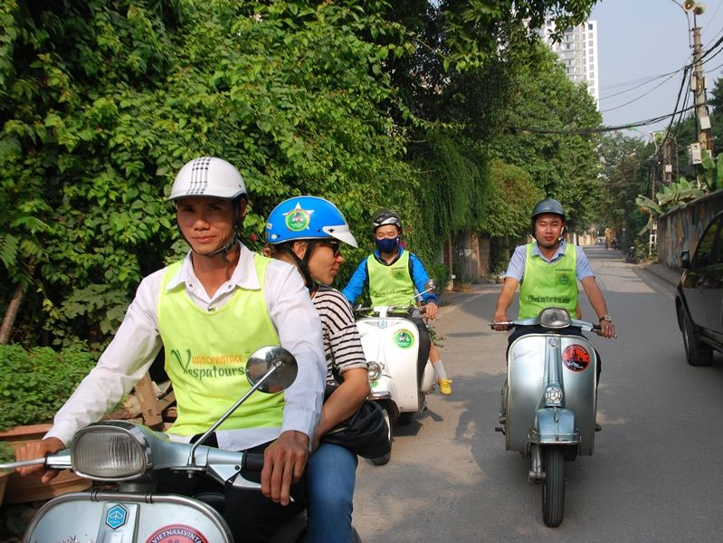 Photo of Hanoi Night Moves, vietnam
