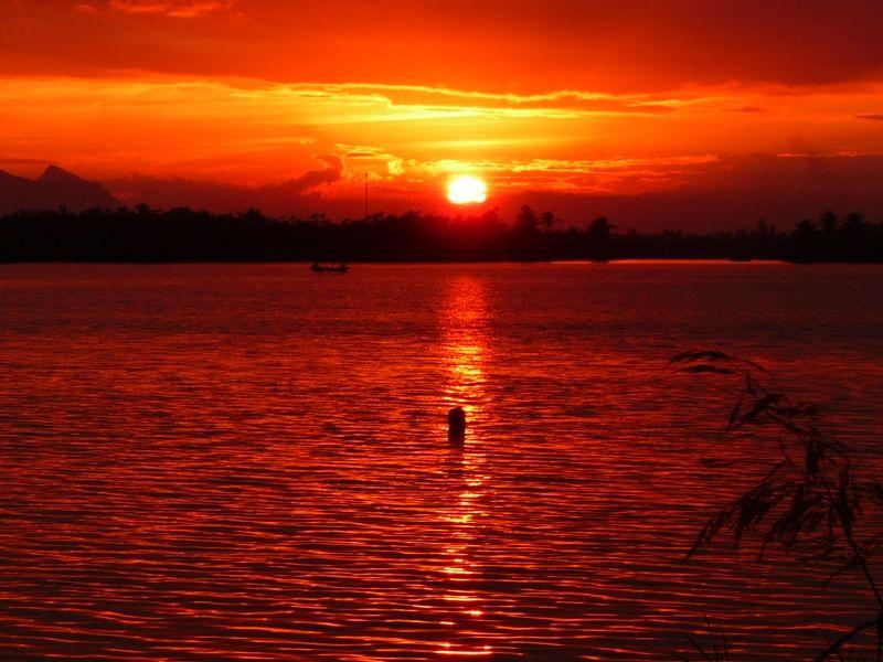 Photo of Sunset Boat Cruise on The Thu Bon River, vietnam