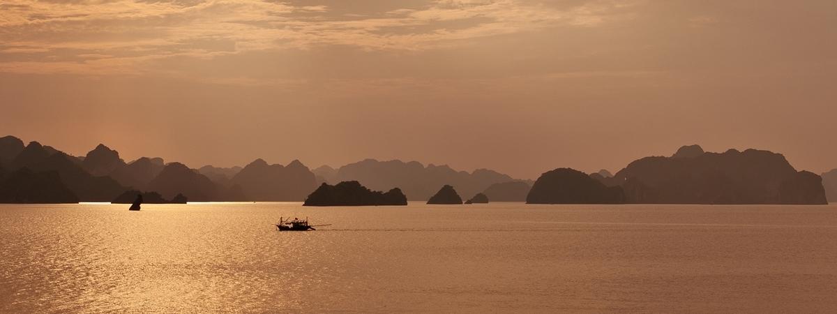 Overnight Boat Cruise on Halong Bay